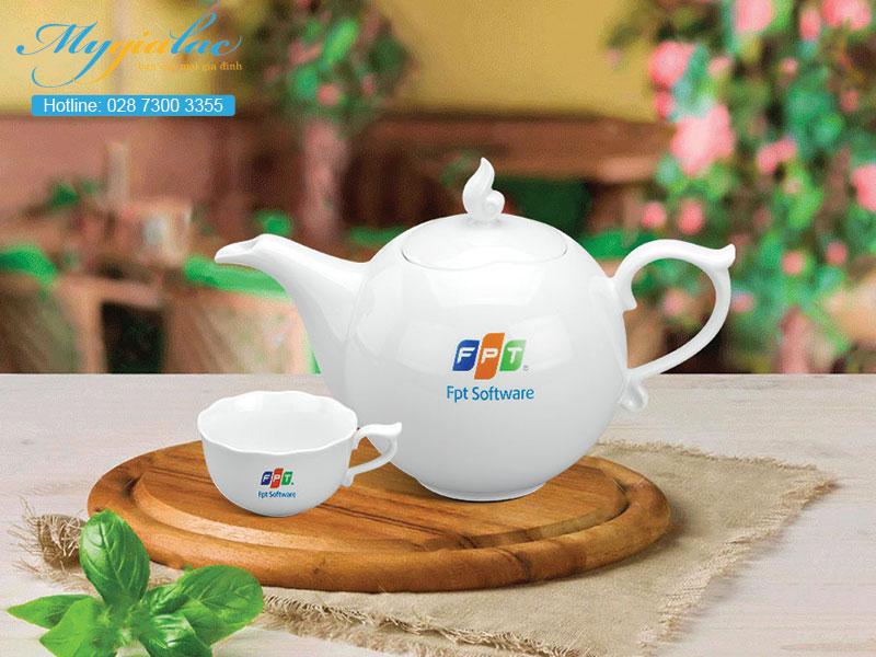 Quà tặng sự kiện bộ trà Minh Long