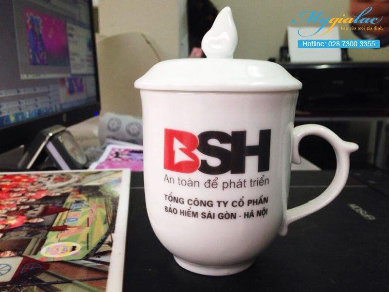 Quà tặng sự kiện ca sứ Bát Tràng in logo BSH