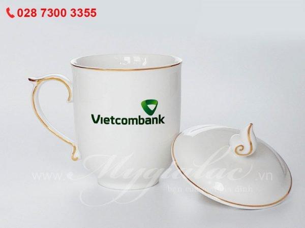 Bộ Ca Mẫu Đơn Viền Chỉ Vàng In Logo Vietcombank