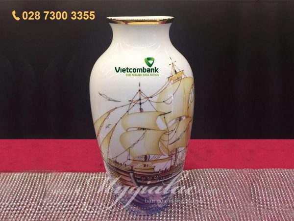 Bình Hoa In Logo Ngân Hàng Vietcombank