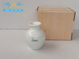 Bình Hoa Sứ Trắng Đơn Mẫu 33 In Logo Dove