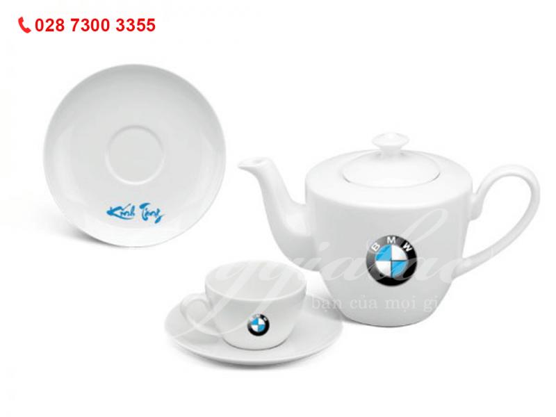 Bộ ấm trà Daisy Trắng In Logo BMW