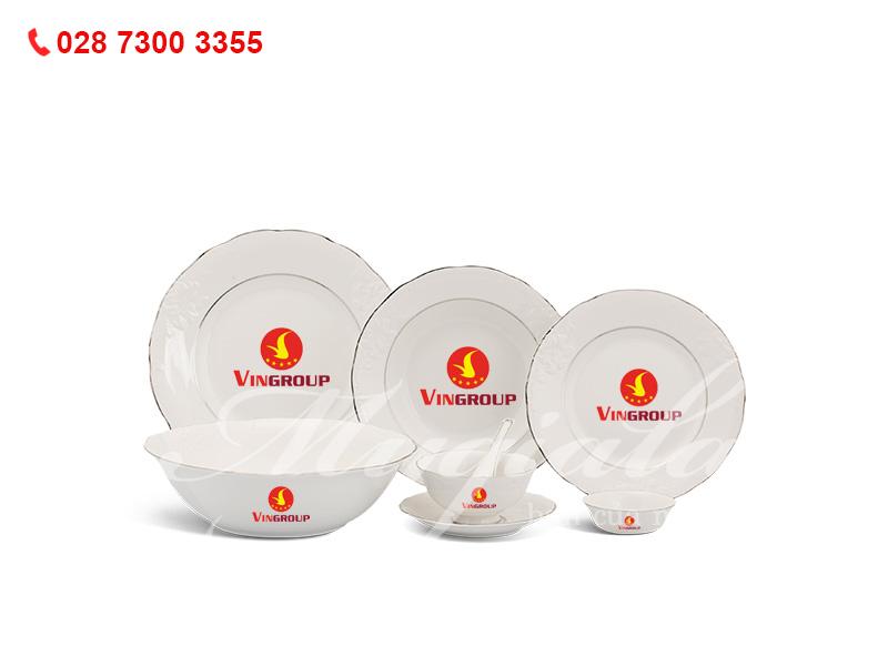 Quà tặng doanh nghiệp Bộ Đồ Ăn Đài Các Chỉ Bạch Kim In Logo VinGroup