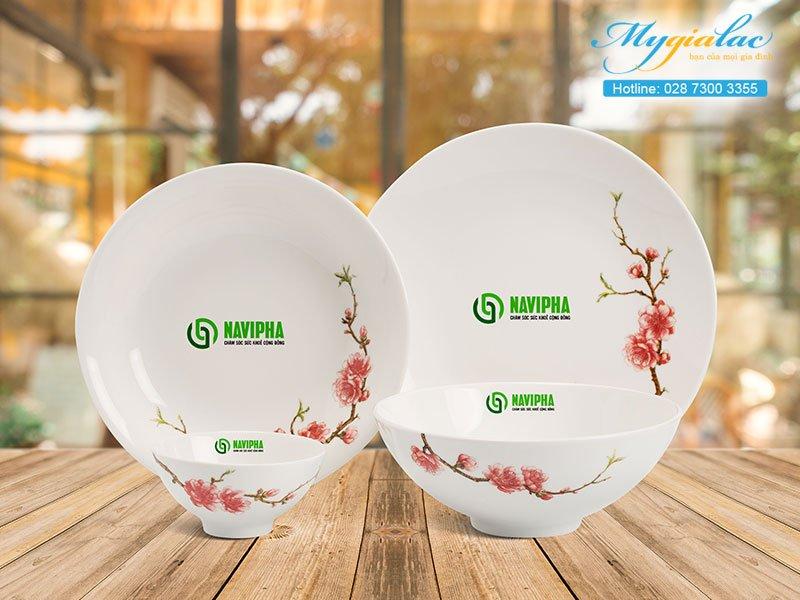 Quà tặng hội nghị hội thảo bộ bàn ăn Minh Long in logo Navipha