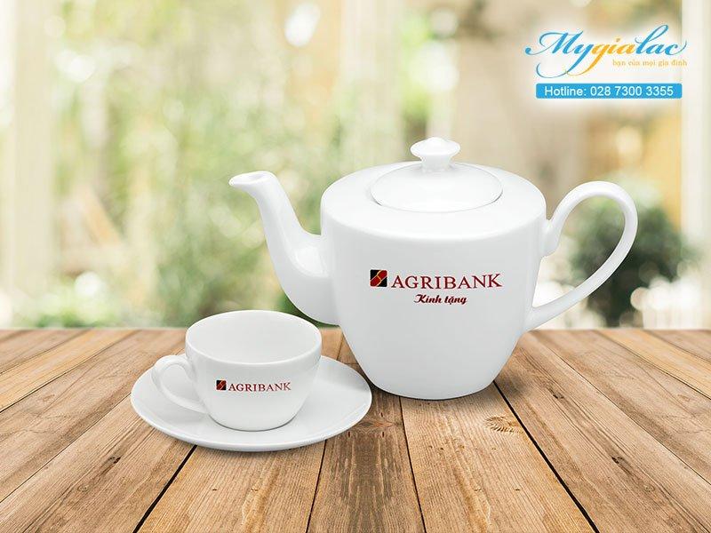 Quà tặng hội nghị hội thảo bộ trà Minh Long in logo bộ Agribank