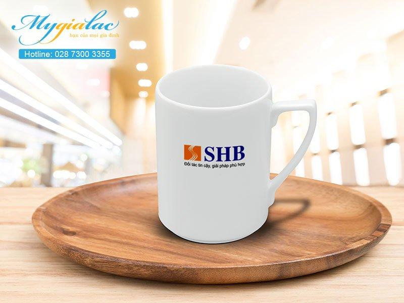 Quà tặng hội nghị hội thảo ca sứ Minh Long in logo SHB