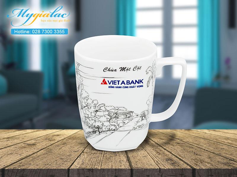Quà tặng hội nghị hội thảo ca sứ Minh Long in logo Vietabank