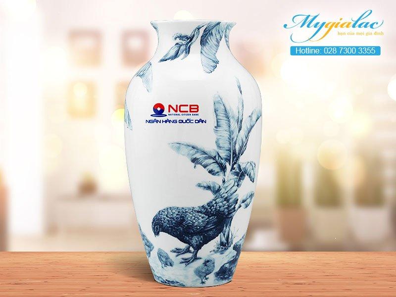 Quà tặng khách hàng bình hoa Minh Long in logo 2