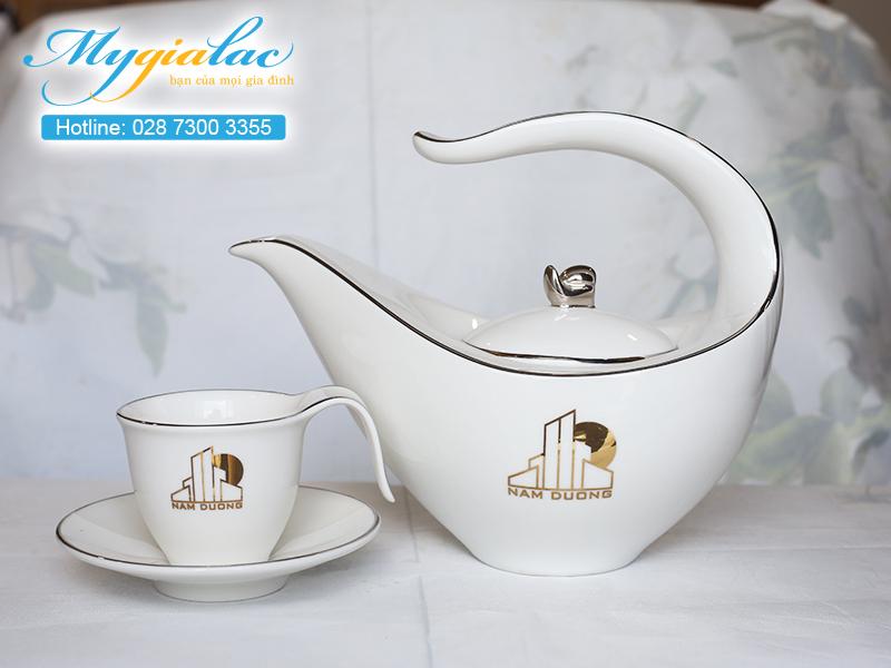 Quà tặng khách hàng bộ trà Minh Long in logo Nam Dương