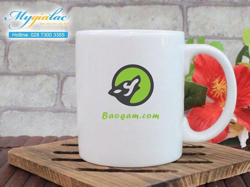 Quà tặng khách hàng ca sứ Bát Tràng in logo 2