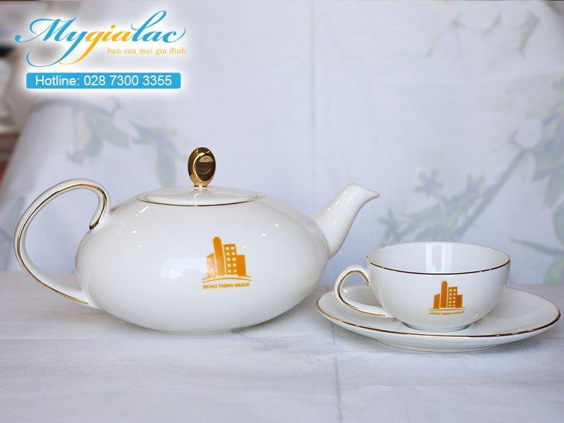 Quà tặng khách hàng bộ trà Minh Long in logo Hưng Thịnh