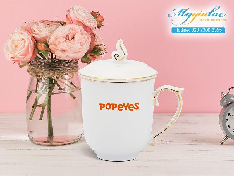ca sứ mẫu đơn viền chỉ vàng in logo Popeyes