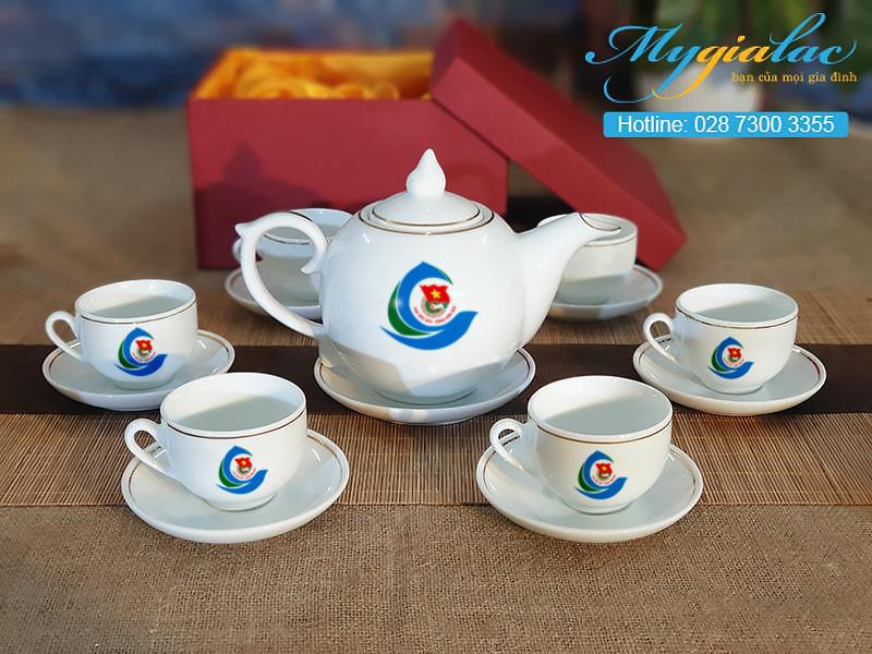 Bo Tra Lotus Vien Chi Vang In Logo