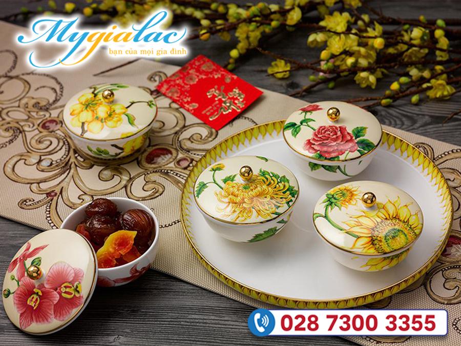 Qua Tang Tet Bo Khay Mut Ngu Hoa Minh Long