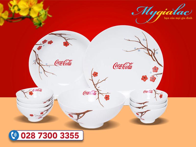 Bộ đồ ăn Minh Long daisy hồng mai in logo công ty Coca cola