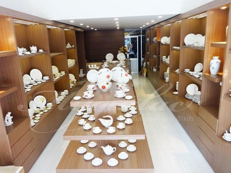 Cửa hàng gốm sứ tại TPHCM