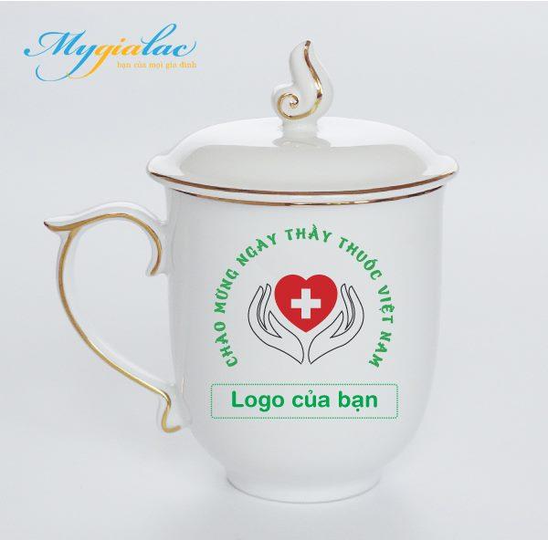 Quà Tặng Ngày Thầy Thuốc Việt Nam ca sứ mẫu viền chỉ vàng 2