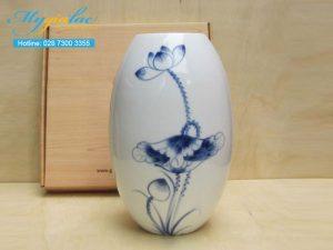 Binh Hoa Su Trang Mau 21