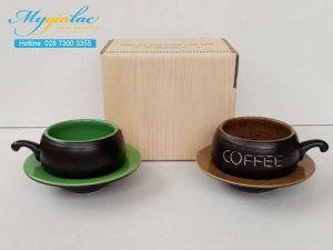 Tach Cafe Men Mat Mau 6