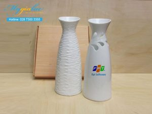 Binh Hoa Su Trang Mau 16