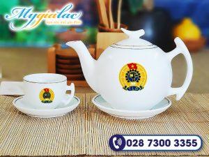 Qua Tang Dai Hoi Bo Tra Mimosa Bat Trang In Logo